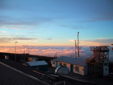 2000: Measuring atmospheric composition at the Mauna Loa Observatory, Hawaii, USA